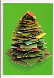 http://alberi-di-natale.blogspot.it/2010/12/albero-di-natale-di-libri.html