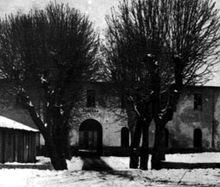 Borgo San Dalmazzo. Entrata dell'ex caserma degli alpini. Da: Wikipedia.org