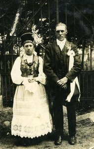 A young couple (Kurpie region). 1920-1930