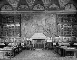 Interior in 1963. - Wikipedia.org