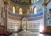 La cattedra papale nella basilica di San Giovanni in Laterano a Roma. Da http://it.wikipedia.org/wiki/Chiesa_cattolica
